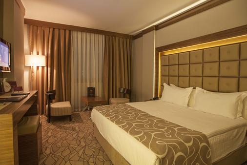 Grand Hotel Gaziantep - Γκαζιαντέπ - Κρεβατοκάμαρα