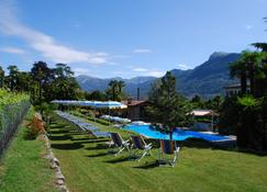 Hotel&Hostel Montarina - לוג'אנו - בריכה