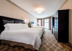 West Inn & Suites - Carlsbad - Bedroom
