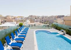 Aleph Rome Hotel, Curio Collection by Hilton - Rome - Pool