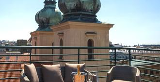 Hotel Leon D´oro - Prag - Dachterrasse
