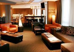 波士頓漢堡酒店 - 漢堡 - 漢堡 - 休閒室
