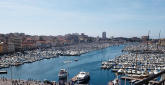 New Hotel Le Quai - Vieux Port - Marseille - Balcony