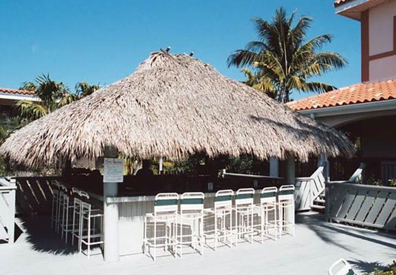 基韋斯特水濱萬怡酒店 - 西嶼 - 基韋斯特 - 酒吧