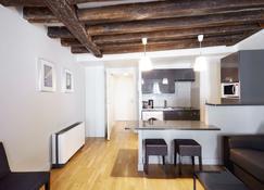 Apartments Du Louvre - St-Honoré - Paris - Living room