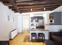 Apartments Du Louvre - St-Honoré - Paris - Wohnzimmer