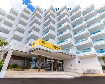 Eix Lagotel - Can Picafort - Building