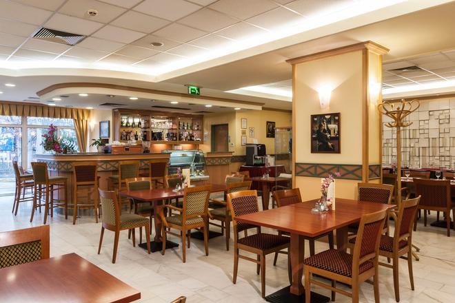 Danubius Hotel Arena - Budapest - Bar