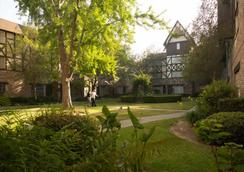 Anaheim Majestic Garden Hotel - Anaheim - Cảnh ngoài trời