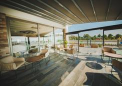 Sea Life Hotel - Tríkomo - Lobby