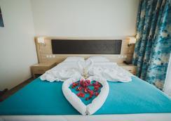 Sea Life Hotel - Tríkomo - Bedroom