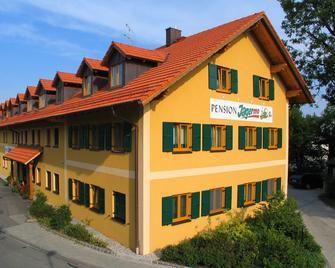 Hotel Garni Jagermo - Grasbrunn - Building