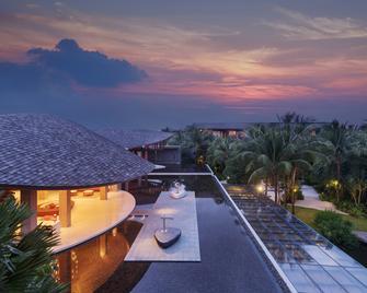 Renaissance Phuket Resort & Spa - Mai Khao - Lobby