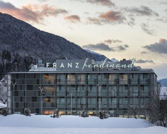 FRANZ ferdinand Mountain Resort Nassfeld - Tröpolach - Building