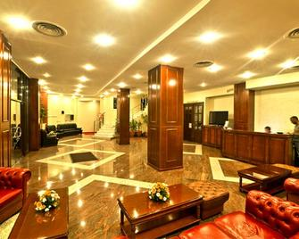 Hotel Bavaria - Craiova - Lobby
