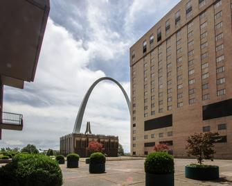 City Place St. Louis - Downtown Hotel - St. Louis - Building