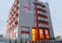 Al Murjan Palace Hotel - Jounieh - Building
