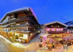 Eva, Village Hotel - Saalbach - Rakennus