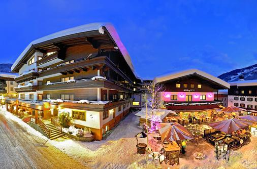 Hotel Eva Village - Saalbach - Gebäude