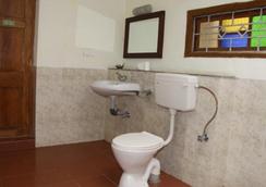 Indien Hermitage - A Resort -Kanyakumari - Kanniyākumāri - Bathroom