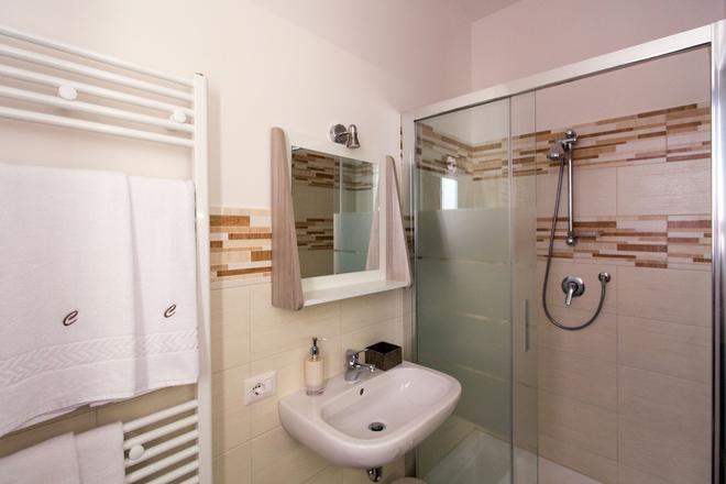 Cianciana - Catania - Bathroom