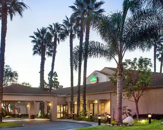 Courtyard by Marriott Huntington Beach Fountain Valley - Fountain Valley - Gebäude