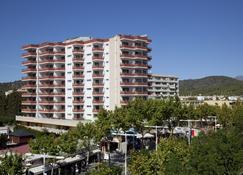 Apartamentos Sol y Vera - Magaluf - Byggnad