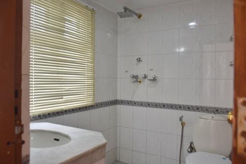 Shakya House - Lalitpur - Bathroom