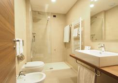 Kolping Hotel Casa Domitilla - Roma - Baño