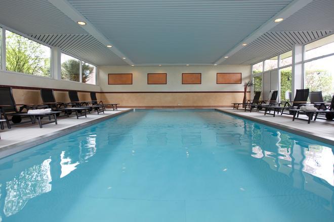 Posthotel Usseln Ringhotel Willingen - Willingen (Hesse) - Pool
