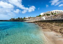 蘭薩羅特島西洋酒店 - 濱海 - 特吉塞城 - 科斯塔特吉塞 - 海灘