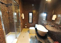 Design Hotel Mr President - Belgrade - Bathroom