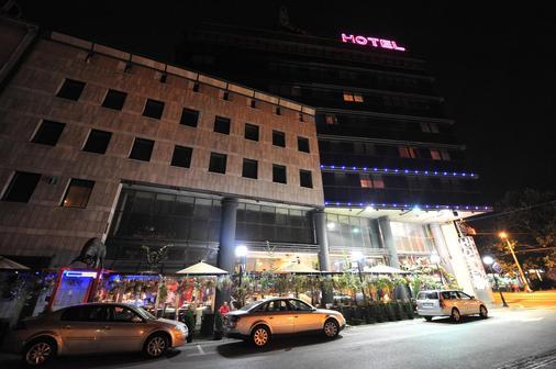 Design Hotel Mr President - Belgrade - Toà nhà