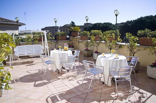 Hotel Bled - Rome - Balcony