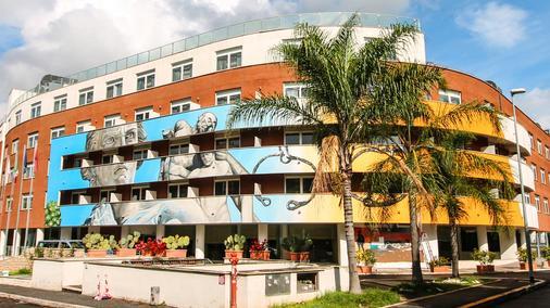 Hotel Capannelle - Roma - Edifici