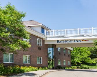 Baymont by Wyndham Des Moines Airport - Des Moines - Rakennus