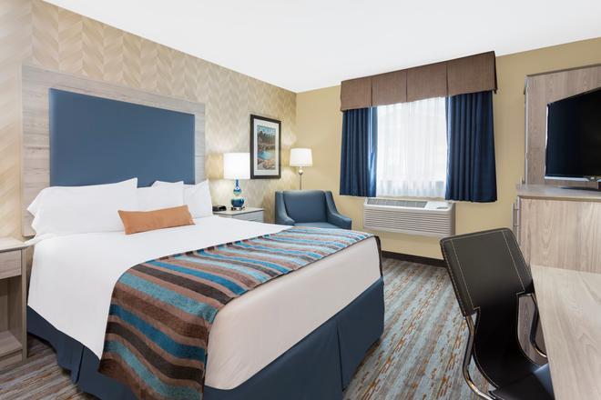 Baymont by Wyndham Spokane Valley - Spokane - Bedroom