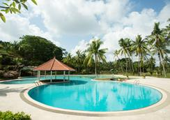 Sijori Resort And Spa Batam - Batam - Uima-allas