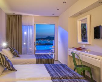 Ionian Hill Hotel - Zakynthos - Bedroom