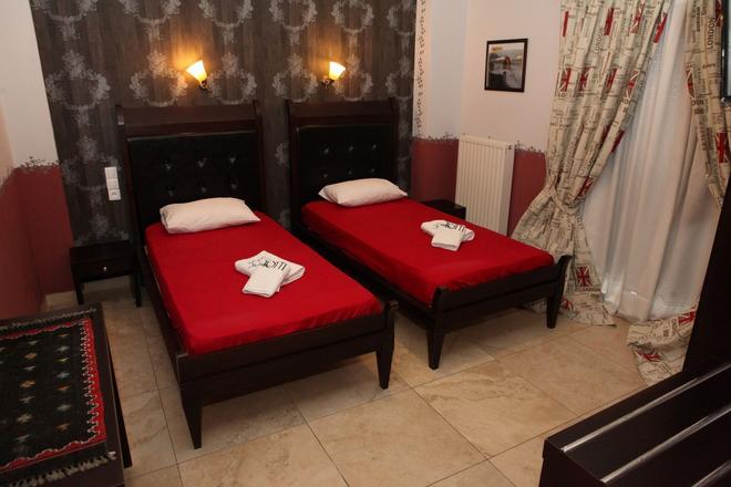 Toti Boutique Rooms - Kalabaka - Bedroom
