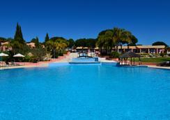 Pestana Vila Sol - Vilamoura - Bể bơi