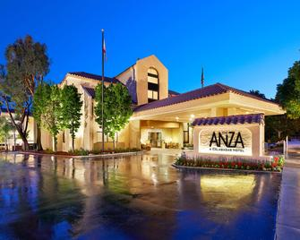 The Anza - A Calabasas Hotel - Calabasas - Building