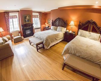 Riverbend Inn and Vineyard - Niagara-on-the-Lake - Bedroom