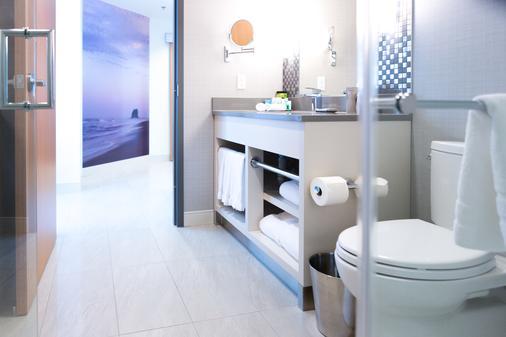 溫尼伯機場大酒店 - 溫尼伯 - 溫尼伯 - 浴室