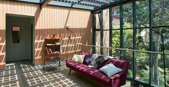 Eden Lodge Paris - Paris - Lounge