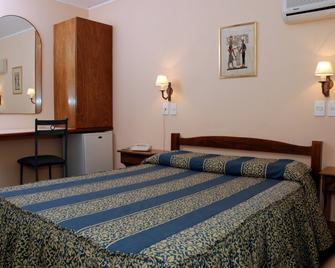 Hotel Sol Colonia - Colonia del Sacramento - Schlafzimmer