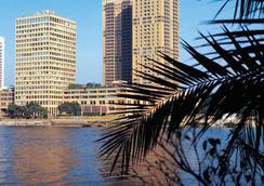 Hilton Cairo World Trade Center Residences - Cairo - Outdoors view