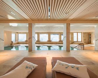 Hotel Sonnenburg - Lech am Arlberg - Pool