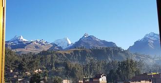Hotel Morales - Huaraz - Vista del exterior