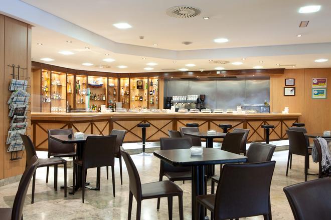 桑特瑪爾酒店 - 聖塔坦德 - 桑坦德 - 酒吧